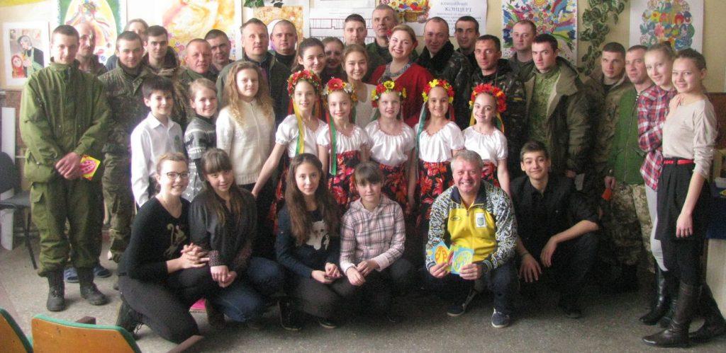 Діти відвідали госпіталь для військовослужбовців