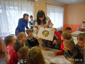 Школа ''Радість'' вихованці гуртка «Словничок» - маленькі патріоти_06
