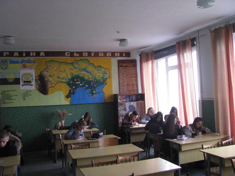 Вихованці гуртка «Рідний край» на заняттях
