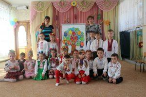 гурток «Чарівні фарби» ДНЗ №3 (керівник Ушаткіна О.Ю.)