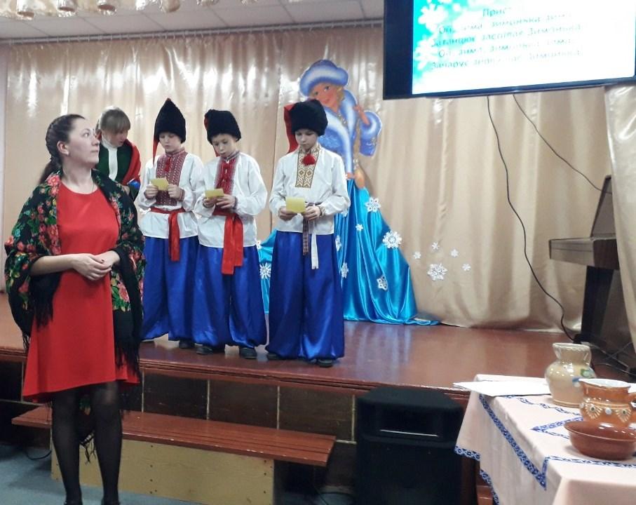 Бінарне заняття «Дівоча краса – українська коса»