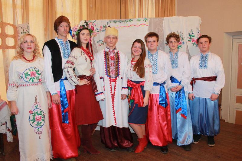 Фольклорна вистава «Українське весілля»
