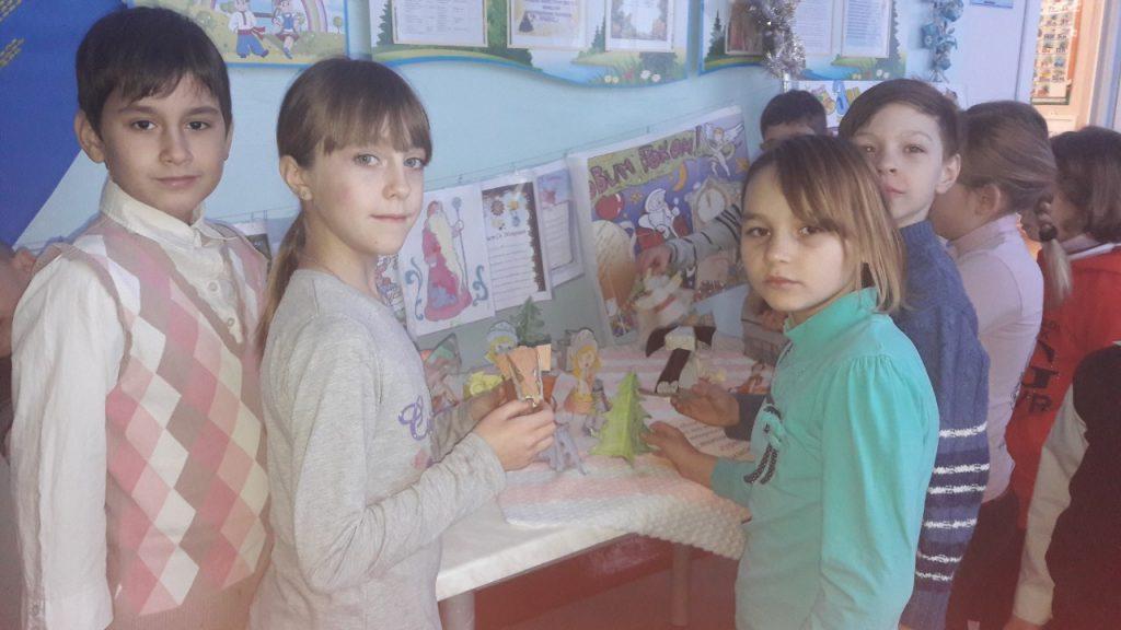Виставка робіт вихованців гуртка технічного моделювання «Саммодєлькін»