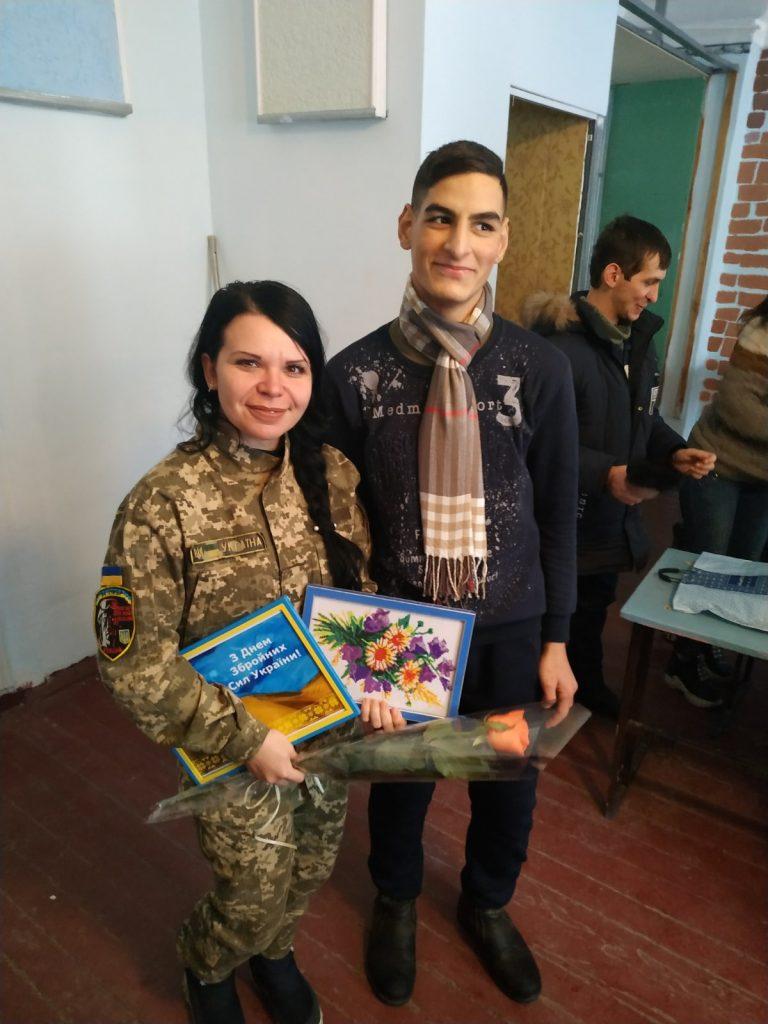 З вдячністю мужнім захисникам України